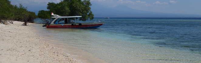 Plage paradisiaque sur l'île de Menjangan