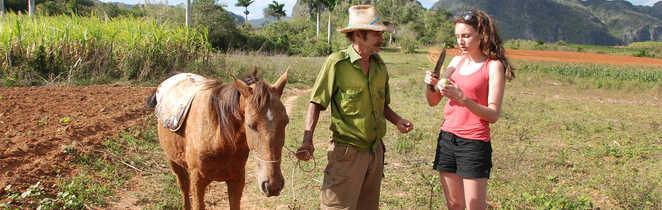 Rencontre avec un paysan cubain dans la vallée de Vinales
