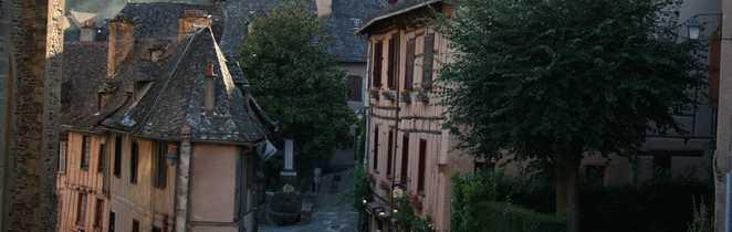 Village de Conques en Aveyron, sur le Chemin de Compostelle