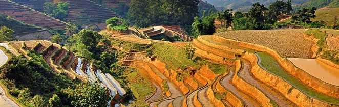 Vue sur le massif du massif Song Chay au Vietnam