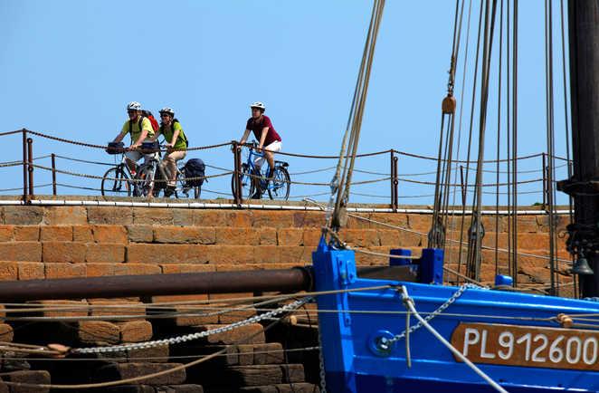 Cyclistes Côte Emeraude Bretagne