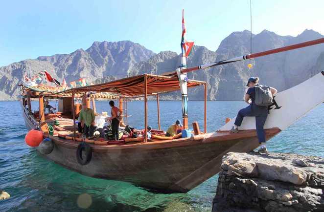 Embarquement sur le boutre, Musandam, Oman