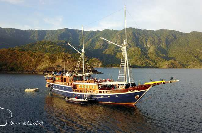 L'Aurora, majestueux bateau de croisière construit en Sulawesi