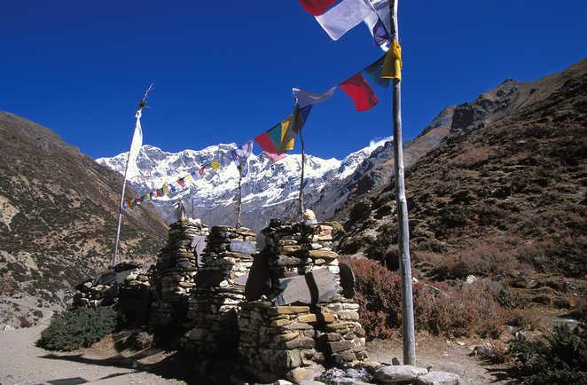 Mur de manis, sur le tour des Annapurnas