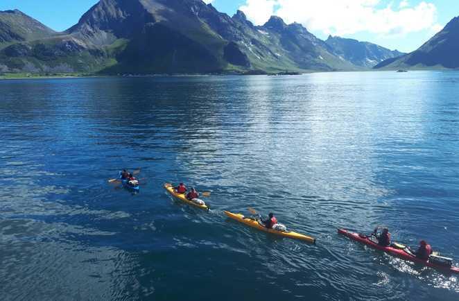 Navigation à la file dans le selfjord