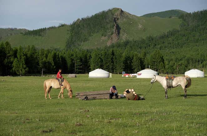 Orkhon, enfant à cheval, scène de vie mongole