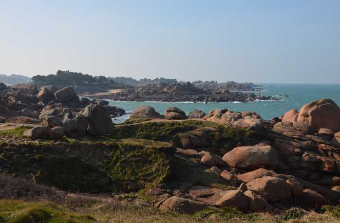 Paysage de la côte de granit rose
