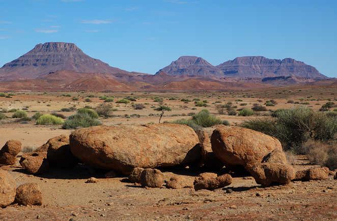 Paysage minéral du cratère de Doros dans la région du Damaraland en Namibie