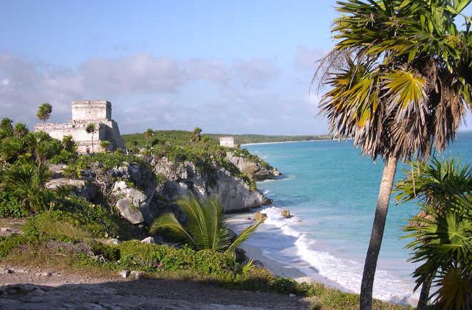 Plage et ruines Maya de Tulum à Quintana Roo