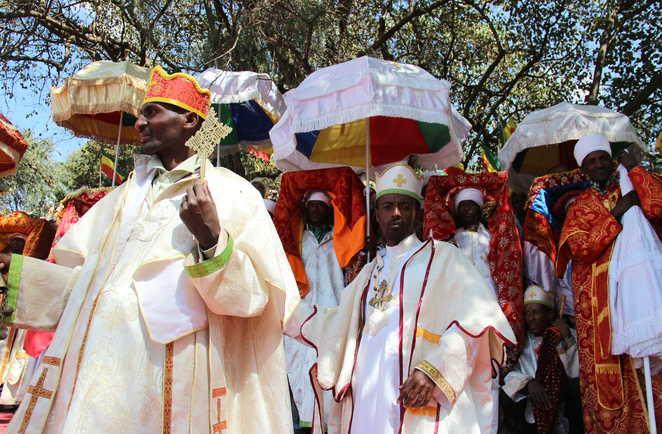 Procession pendant la fête de Timkat en Ethiopie