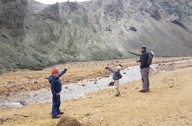 Randonnée à Landmannalaugar avec des enfants en Islande