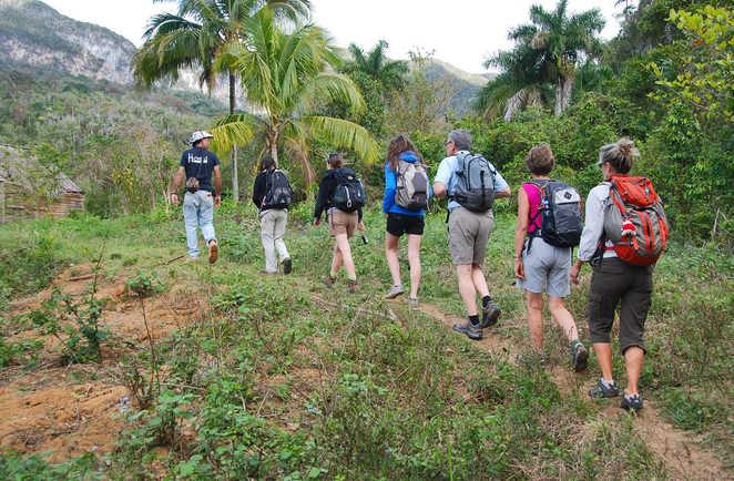 trek et randonnée dans la vallée de Vinales à Cuba