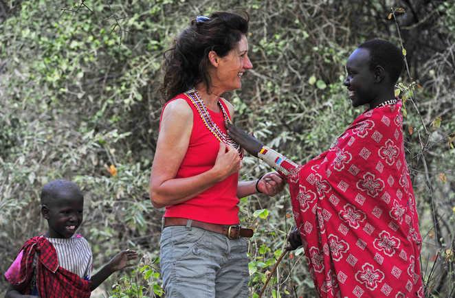 Rencontre d'une voyageuse avec une Masaï au Kenya
