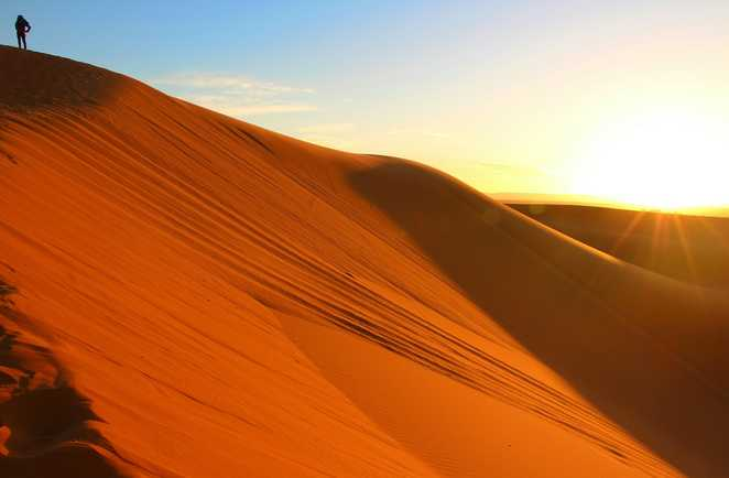 Soleil couchant sur les dunes, Maroc