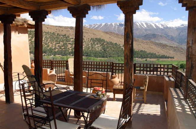 Vue depuis Dar Itrane, gîte de charme,  Haut Atlas Central, Maroc