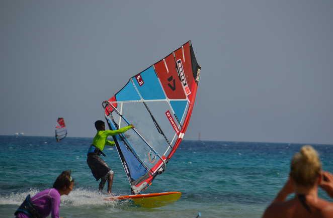 windsurf course session à Safaga avec ION CLUB