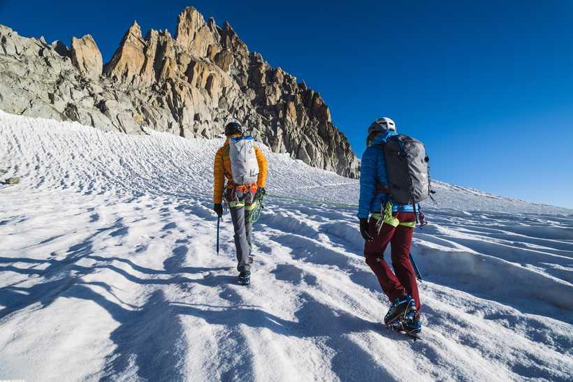 Randonnée glaciaire dans le massif du Mont Blanc